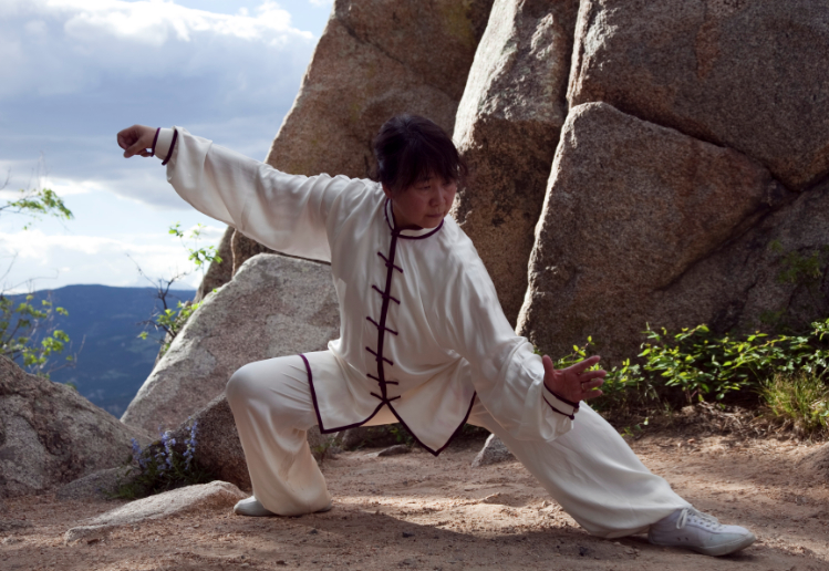 picture of Gu Feng Tai Chi instructor Laura Ting