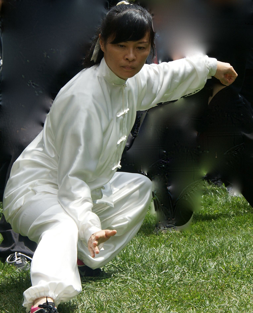 picture of Instructor Rebecca Tsui